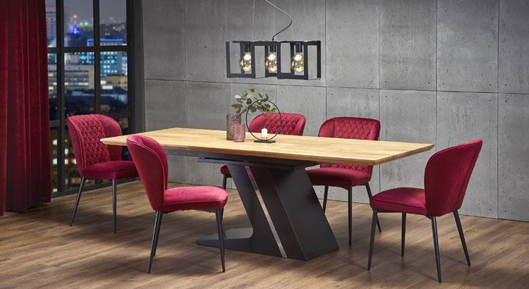 nowoczesny rozkładany stół w salonie urządzonym w stylu industrialnym